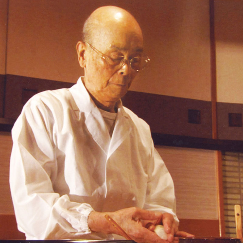 ERIC-VOKEL-Sukiyabashi-Jiro-Honten-jiro