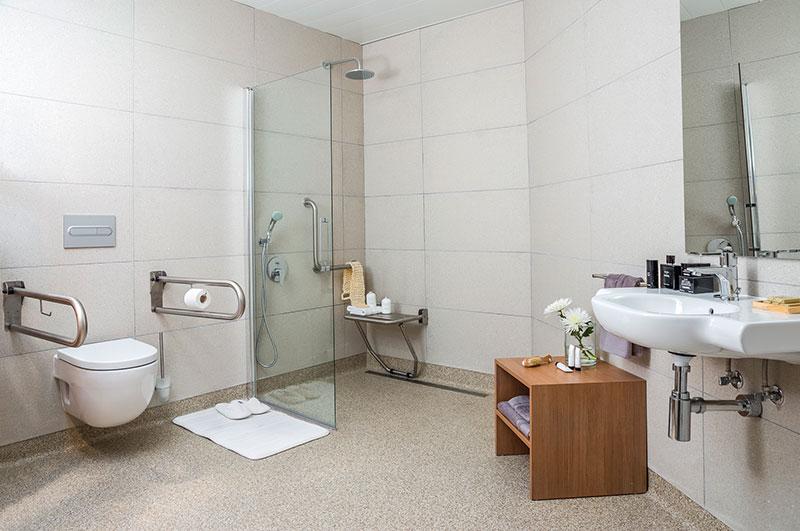 Eric-Vökel-Boutique-Apartments-Atocha-Accesible-baño