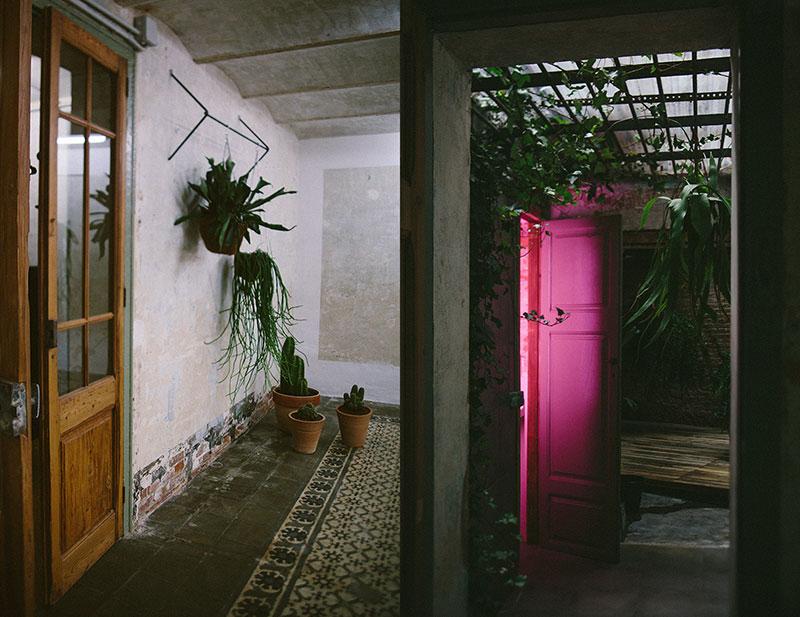 Eric-Vökel-Estudio-Sauvage-Barcelona-bathroom