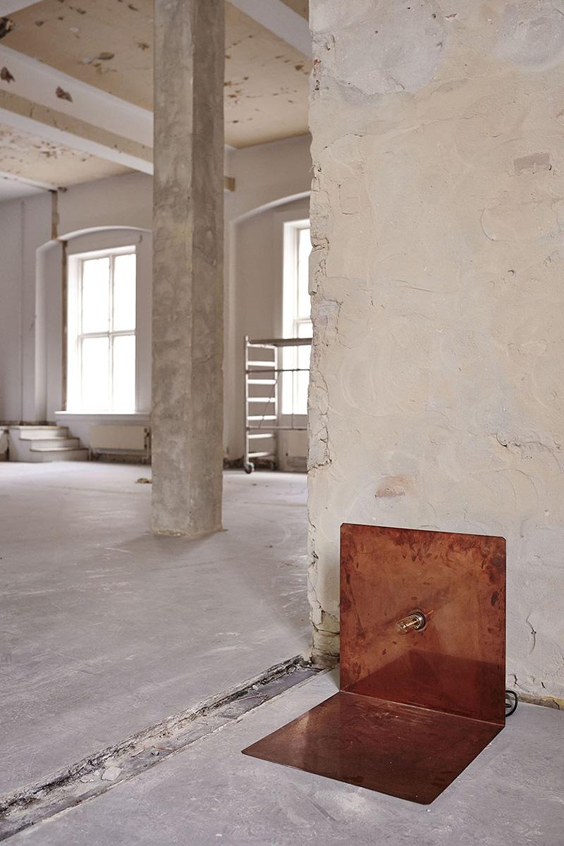 frama-90-floor-copper