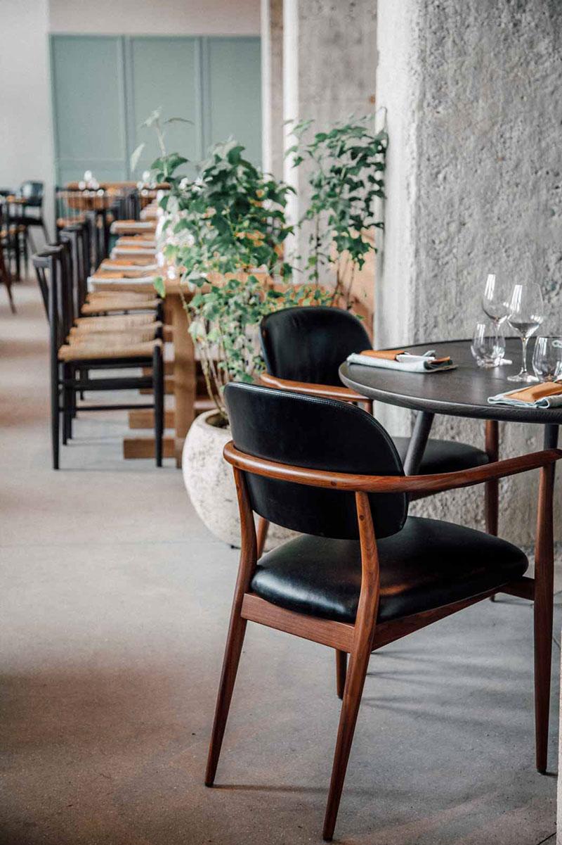 restaurant-108-chairs
