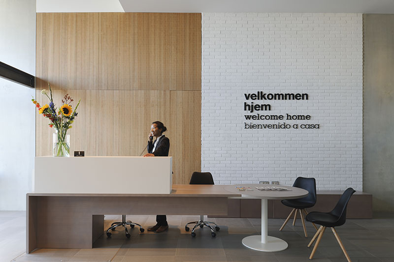 Eric-Vökel-Amsterdam-Suites-Recepción