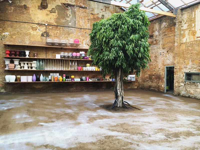 Flowers-by-Bornay-showroom