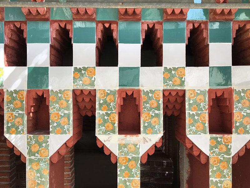 Casa-Vicens-Fachada-detalle