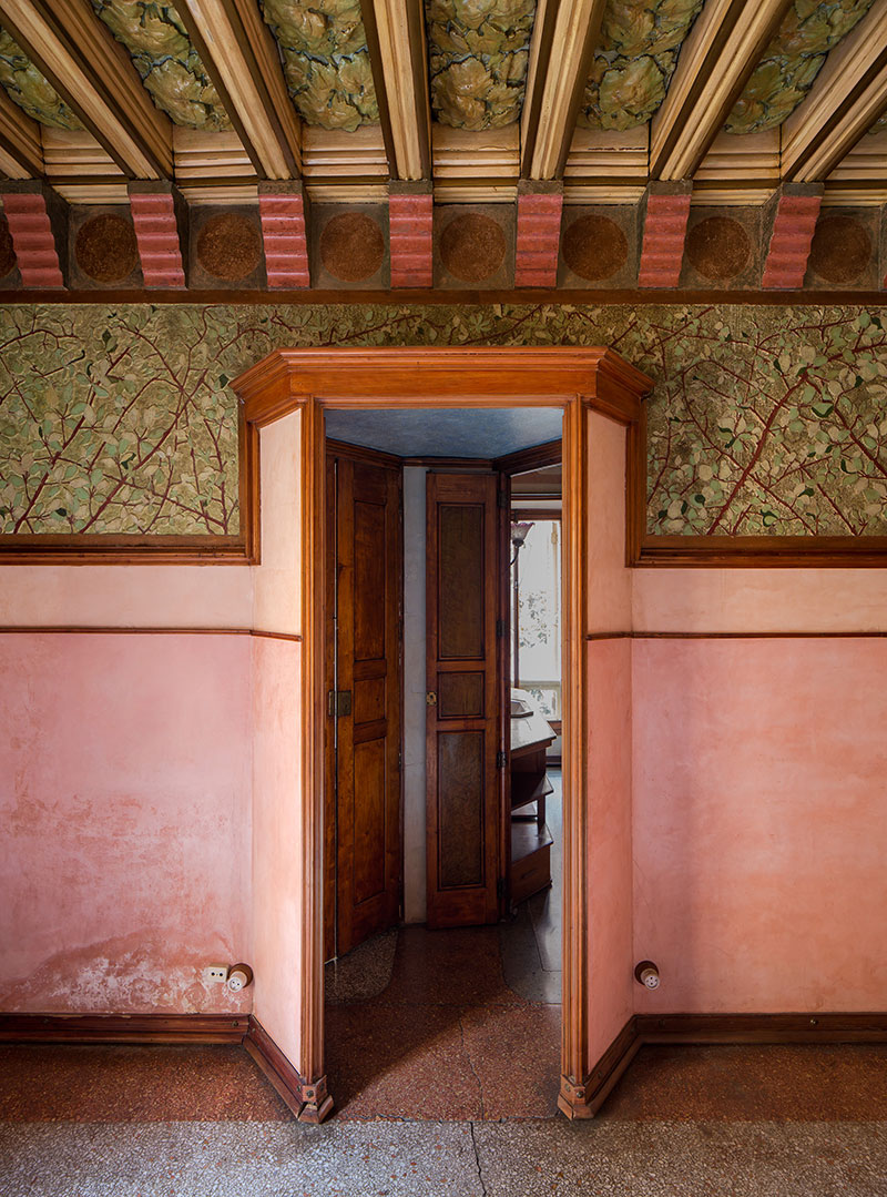 Casa-Vicens-interior