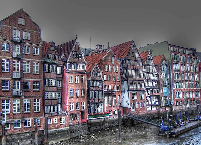 Hamburgo-port-dyke-road