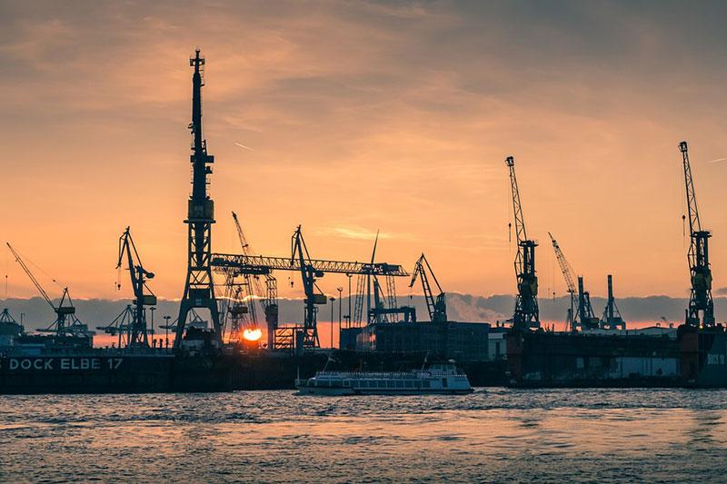 Hamburgo-port-sunset