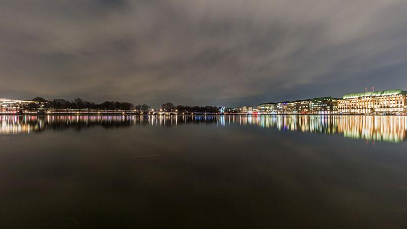 Hamburgo-port-waters