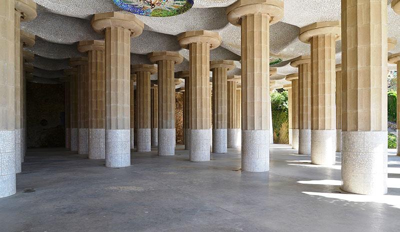 Parl-Guell-columnas
